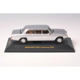 OF045 - IXO Models Mercedes 240D Limousine 1974 - CLC034